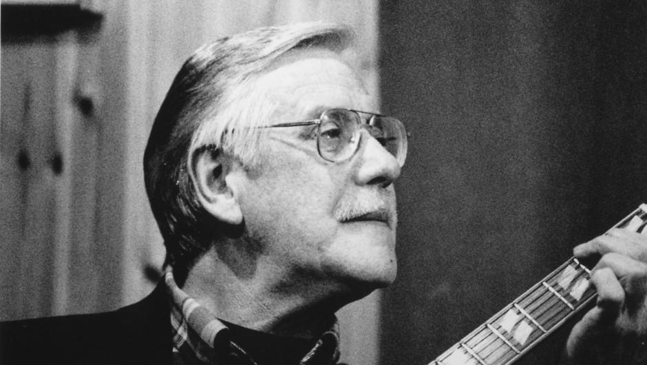 Irish jazz legend Louis Stewart dies aged 72