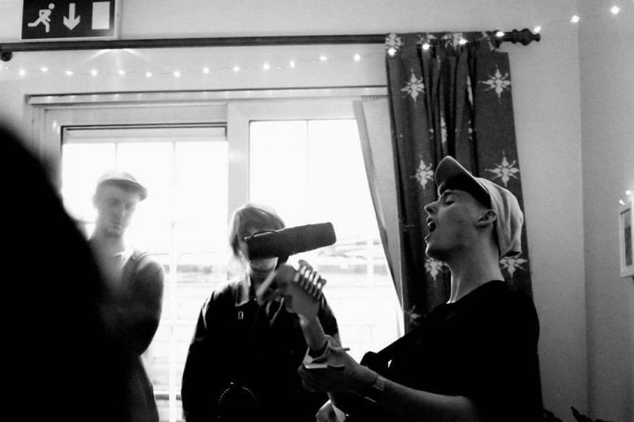 Joel Harkin Shares Live Video for 'Charlie & Deirdre'