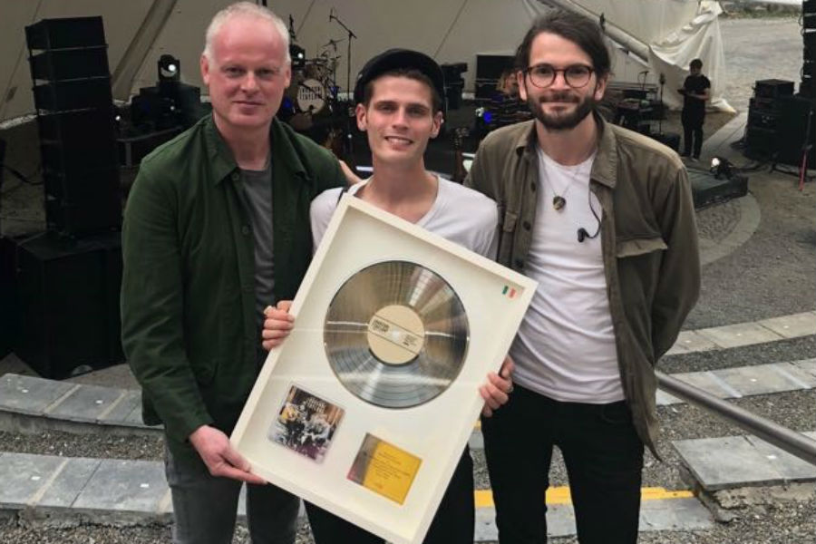 Hudson Taylor Presented with IMRO Award