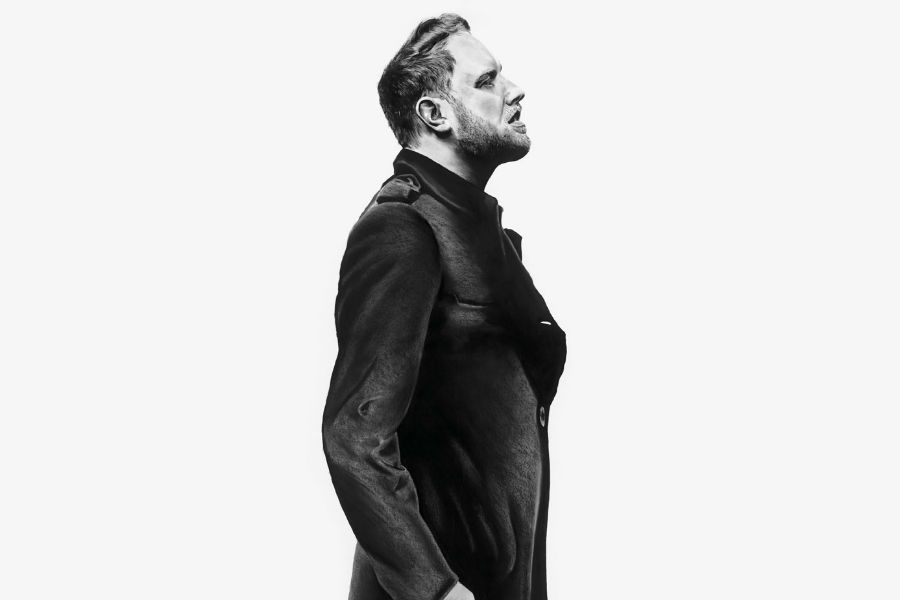 Gavin James Shares Video for 'Glow'