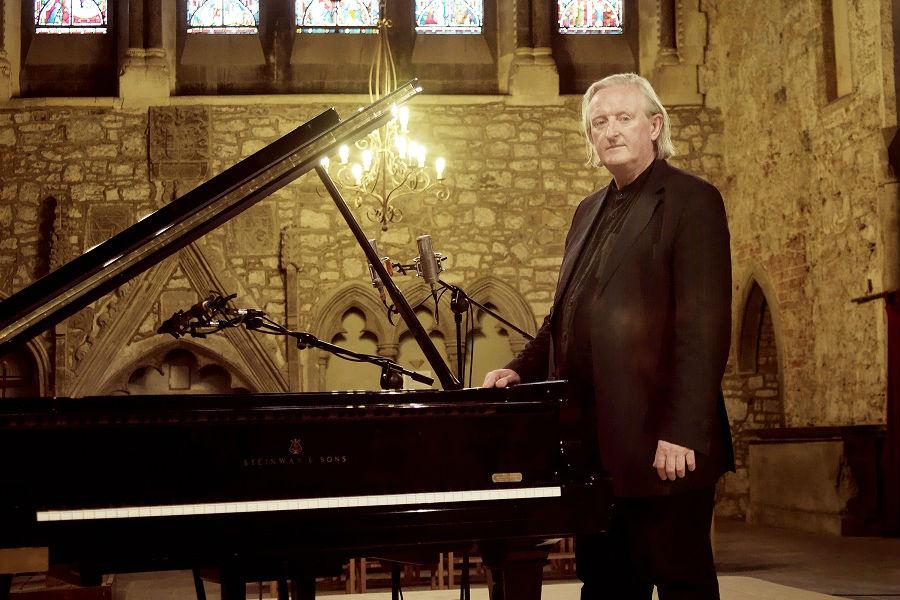 Composer Mícheál Ó Súilleabháin Passes Away