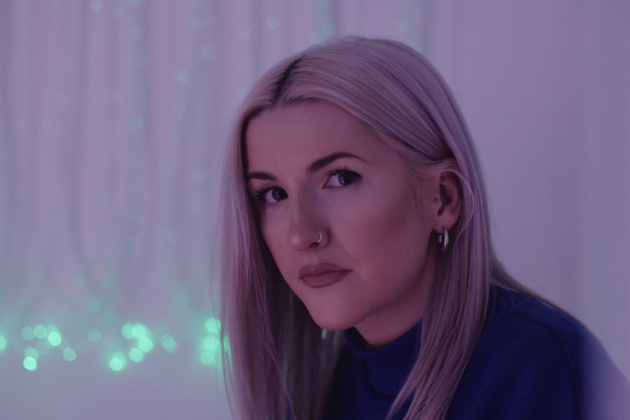 LAOISE Shares Acoustic Video