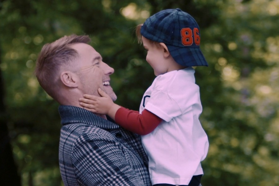 Ronan Keating Shares Fan Submissions in 'Little Thing Called Love' Video