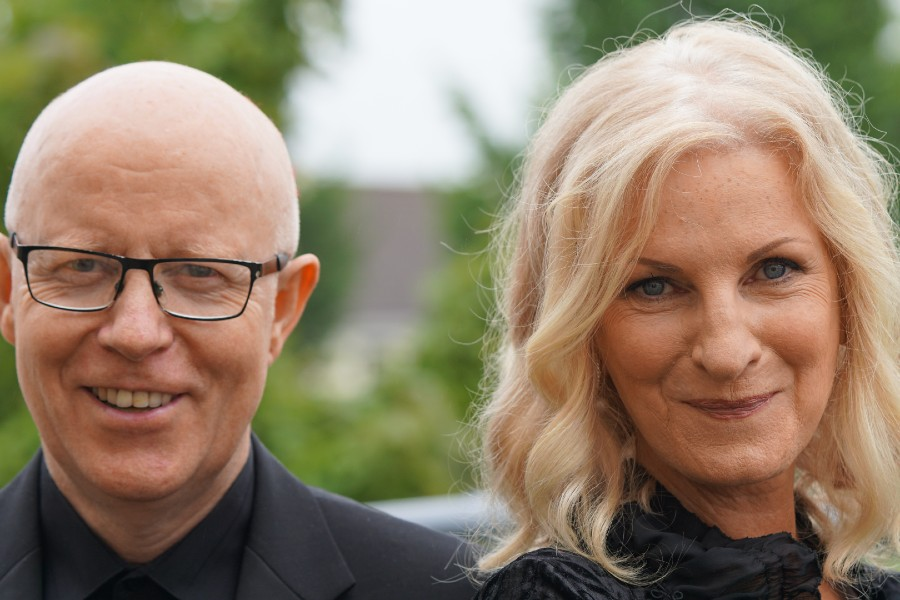 Eleanor Shanley and John Feeley Present 'Cancion de Amor'