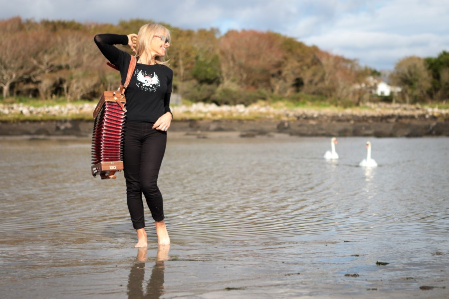 Sharon Shannon Achieves the Impossible with Global Collaborative Album 'The Reckoning'