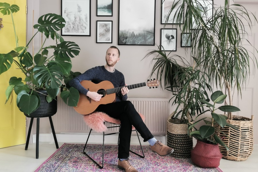 Colm Hayes to Release Debut Solo Single